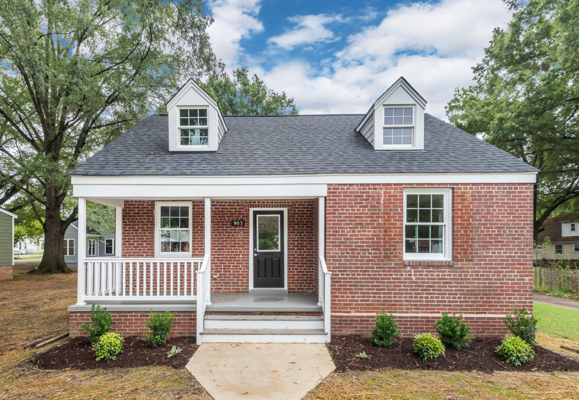 903 Sumpter Street – Available Now!
