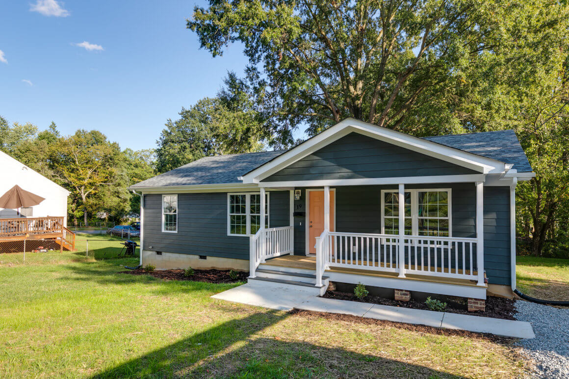 N. Ivy Ave – SOLD